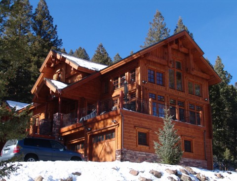 Thompson Log Home Exterior