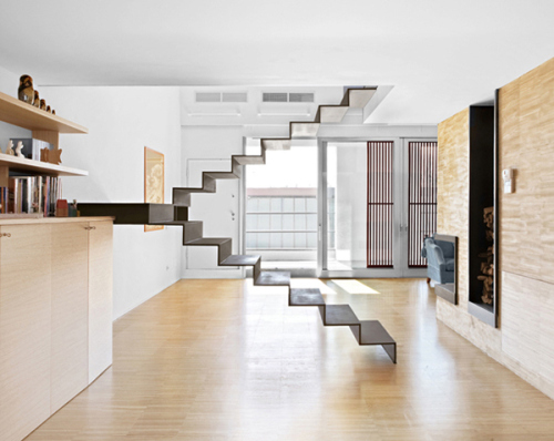 Do all awesome stairs designed by architects ignore the - Escaleras al aire ...