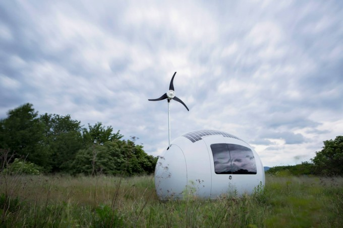 nice-architects-ecocapsule-low-energy-off-grid-house-designboom-08