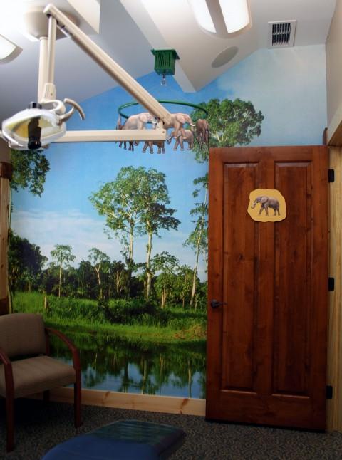 all-kids-dental-elephant-treatment