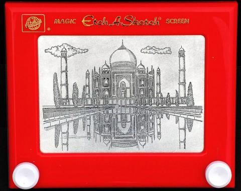 756px-Taj_Mahal_drawing_on_an_Etch-A-Sketch