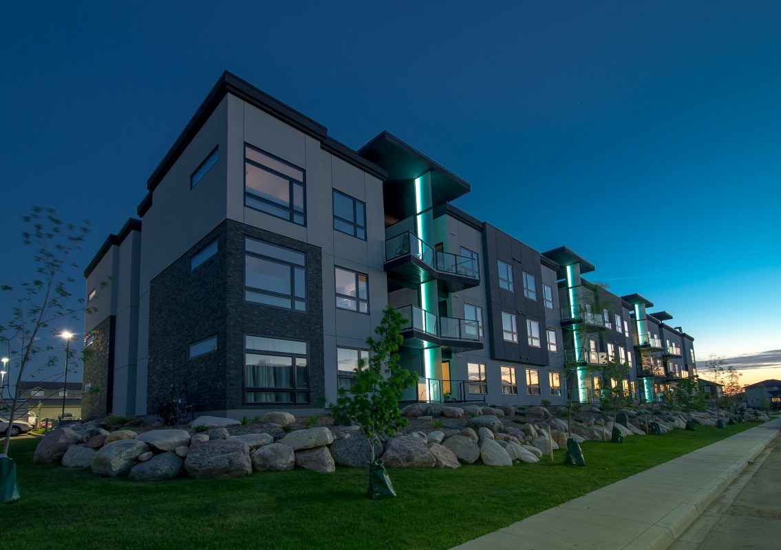 New Pictures of Condos in Canada — EVstudio, Architect ...